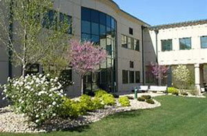 hospital landscape maintenance, Shamrock Landscape Co, Benicia CA 94510